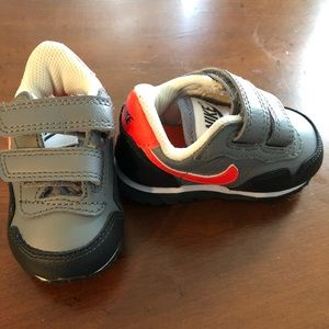 Baby Boy Gray and Black Nike's size 3C 3